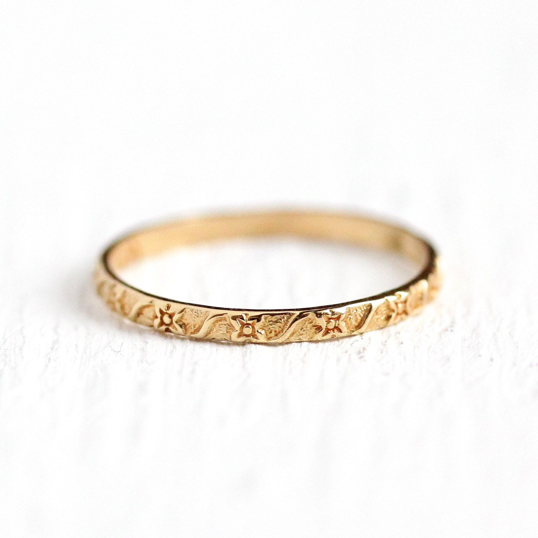 Flower Baby Band Vintage 1930s 10k Rosy Yellow Gold Floral