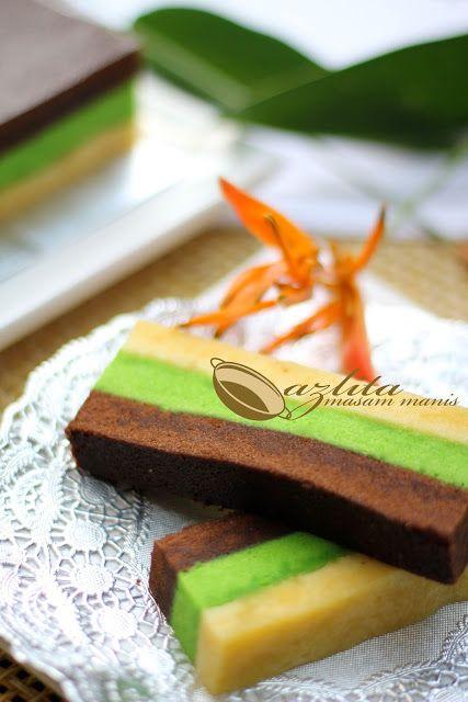 PANDAN STEAMED CHOCOLATE CAKE