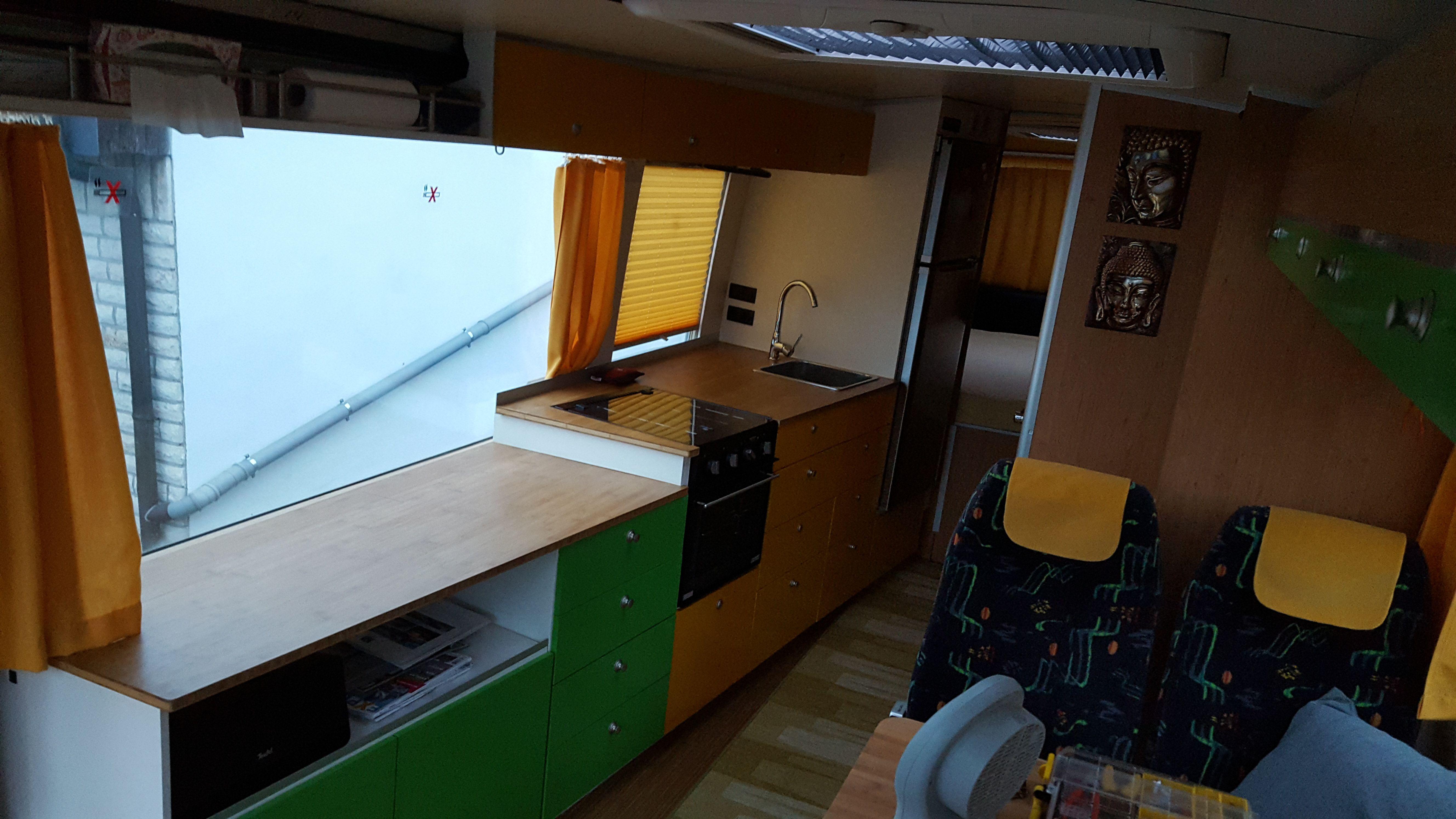 Küche Im Wohnraum | Kuche Und Wohnraum Wohnbus Setra S208h Pinterest