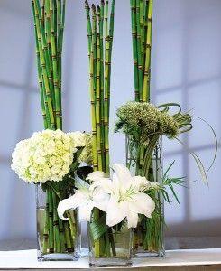 http://www.mydreamwedding.ca/wp-content/uploads/2010/05/Square-Vase-Centerpiece-245x300.jpg