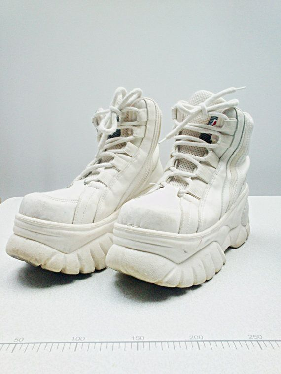 594ec7be3011 90s CLUB kid RAVE platform SNEAKERS off white chunky rare mega destroy  boots    Cube    Size 7.5 us   5 uk