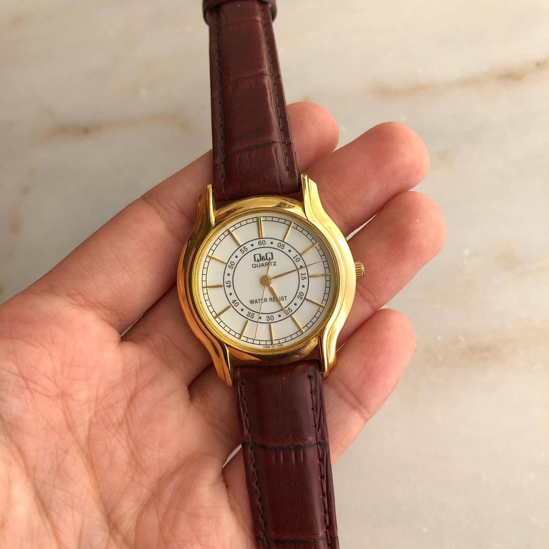 Qq Vintage Bayan Kol Saati Vintagesaat Vintagewatch Saat Saatler Saatmodelleri Kurmalisaat Hediye Vintagesaatler Retrowatch Vi 2020 Vintage Saat Saatler