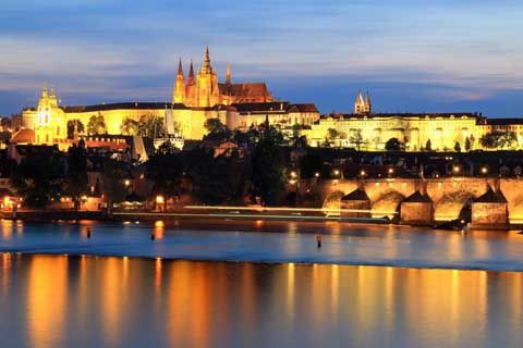How much does it cost to travel to the Czech Republic?
