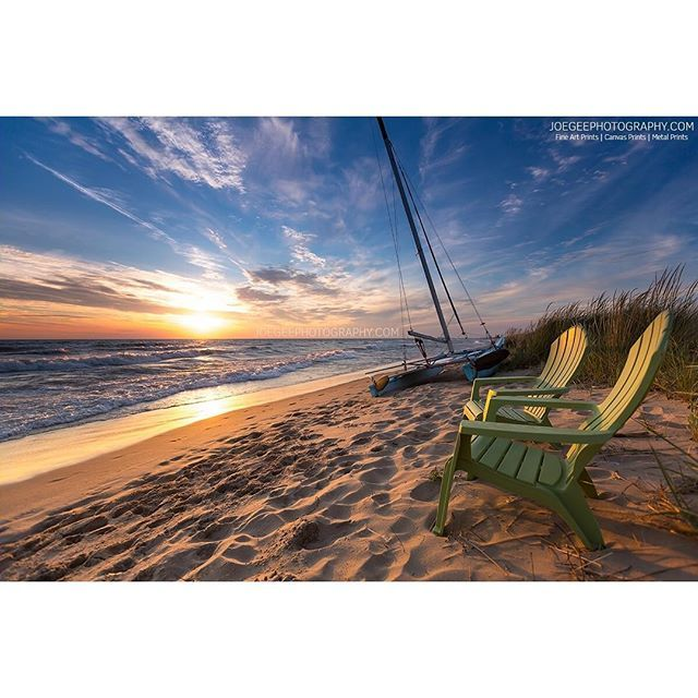 Front Row Seats To One Of The Most Beautiful Views On Earth Mibeachtowns Joe Gee Photography Puremichiga Lake Michigan Beaches Michigan Beaches Michigan