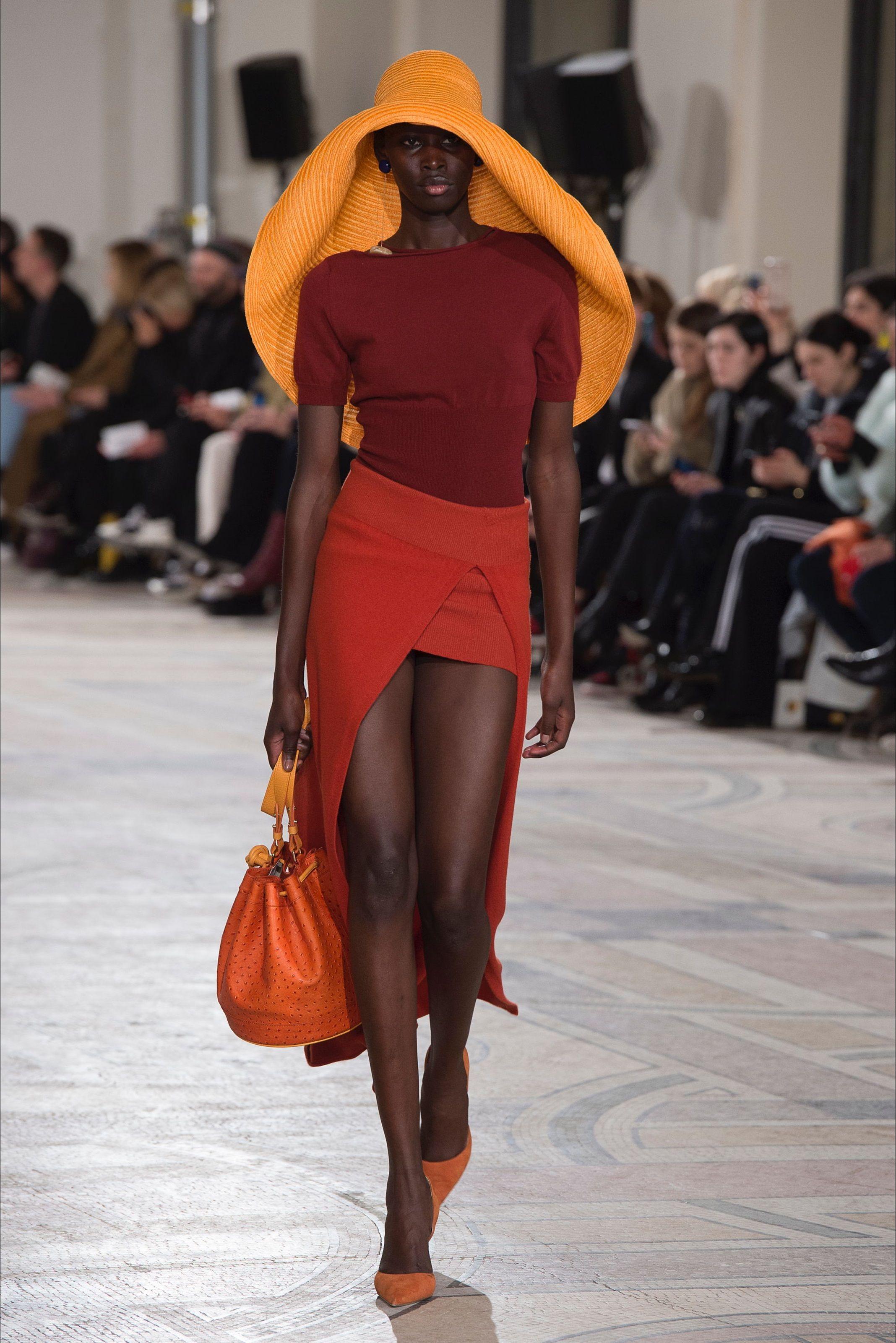 Photo of Jacquemus Paris fashion show – Spring Summer 2020 collections – Vogue