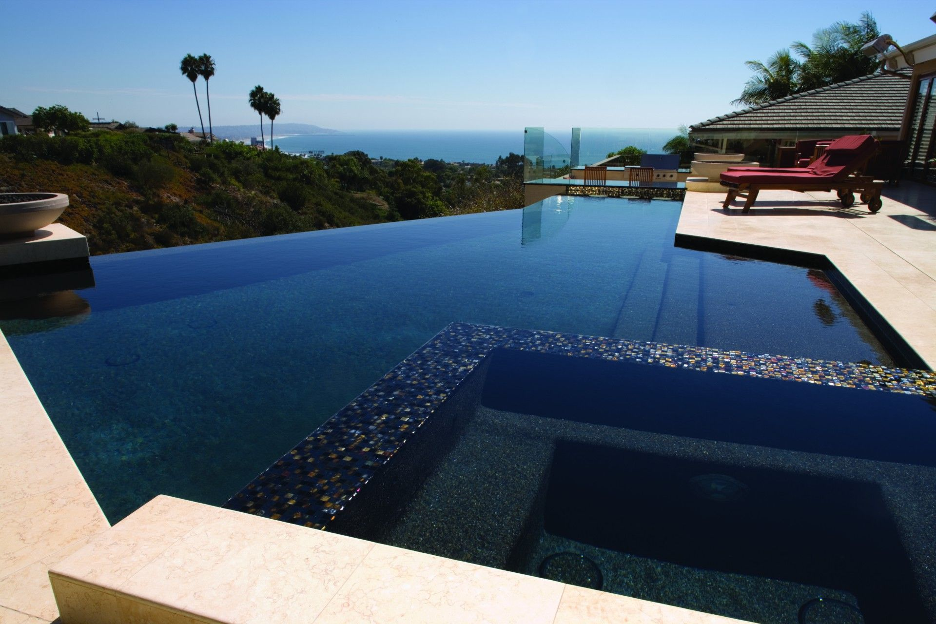 infinity edge pool with glass tile spillover spa love. Black Bedroom Furniture Sets. Home Design Ideas