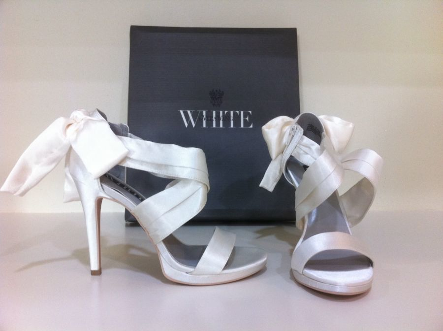 6d4492a73e3 Vera Wang  wedding  VeraWang  shoes