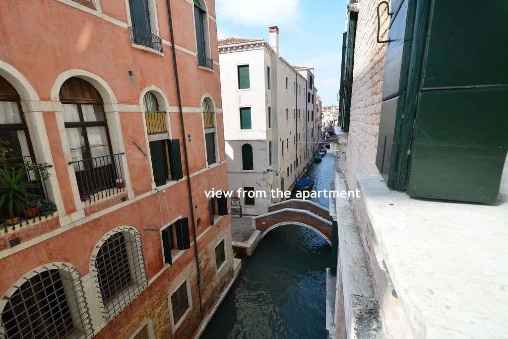 CANAL VIEW SAN MARCO 120sqmAircWifi - Apartments for Rent ...