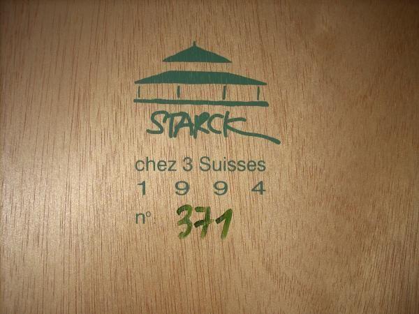 Maison créee par le designer Philippe Starck, en 1994, pour le - maison avec tour carree