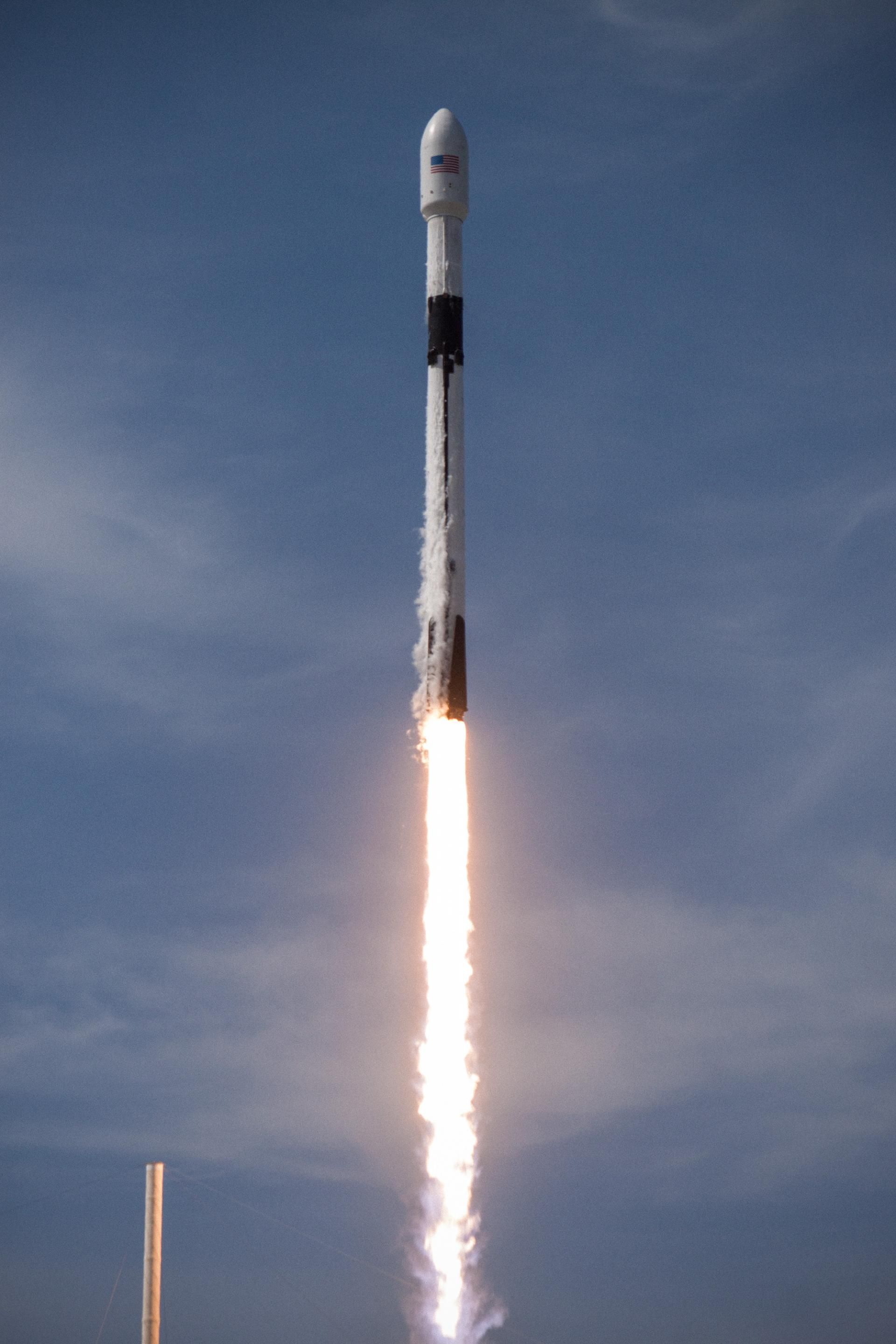 Spacex Launch Of A Falcon 9 Block 5 Amos 17 Spacex Spacex Launch Spacex Falcon 9