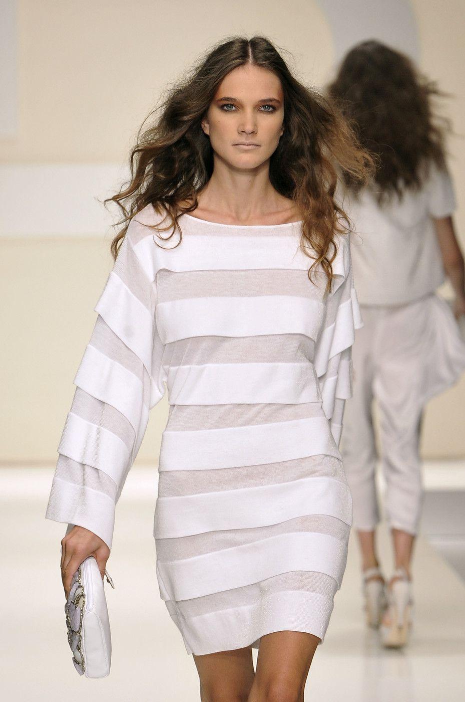 Laura Biagiotti at Milan Fashion Week Spring 2010 - Runway Photos