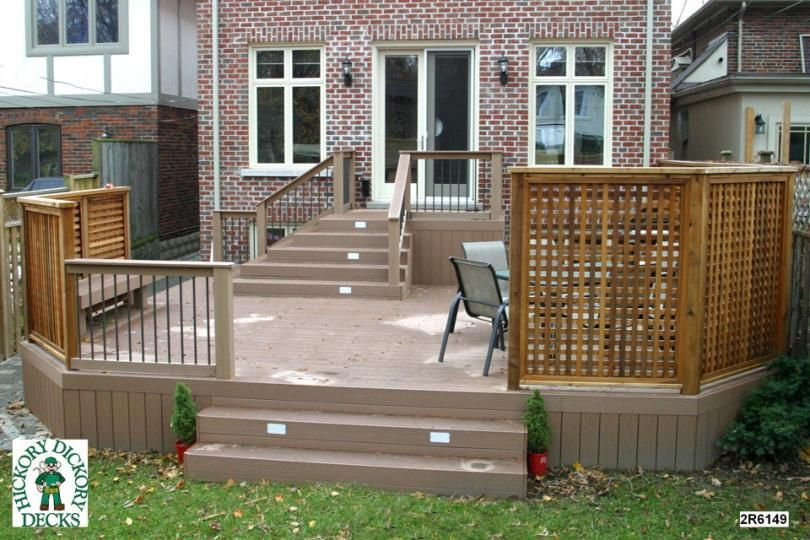 Small 2 level wooden deck designs this deck plan is for for Simple deck privacy screen