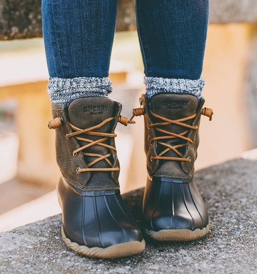 49 Outstanding Duck Boots Outfits Ideas Winter - TILEPENDANT 2