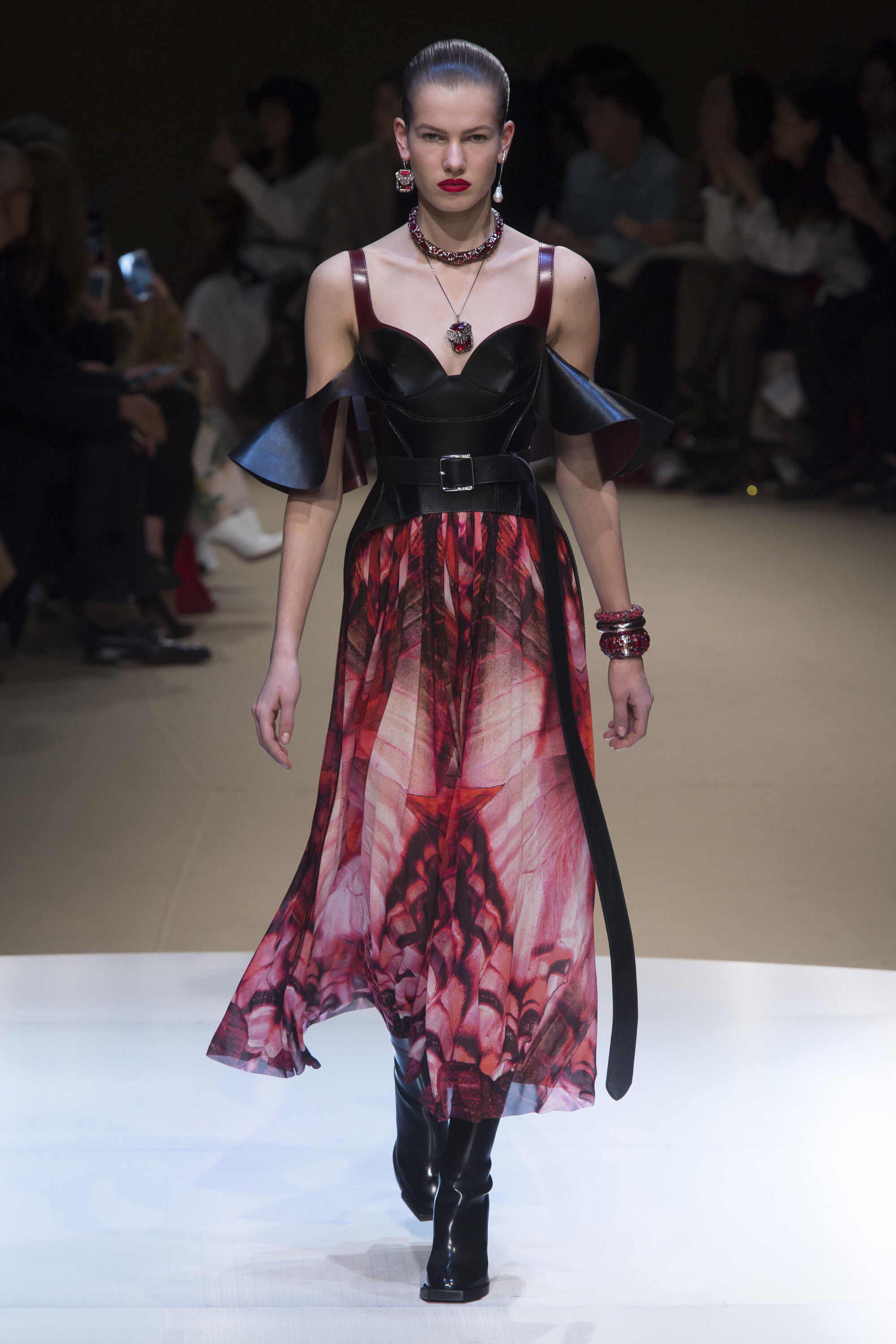 Alexander by collection mcqueen best photo