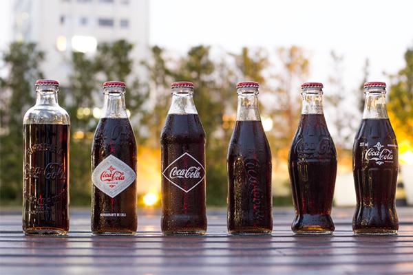 Coca-Cola embalagem retrô - Na Garupa da Vespa  #cocacola #vintagecoke