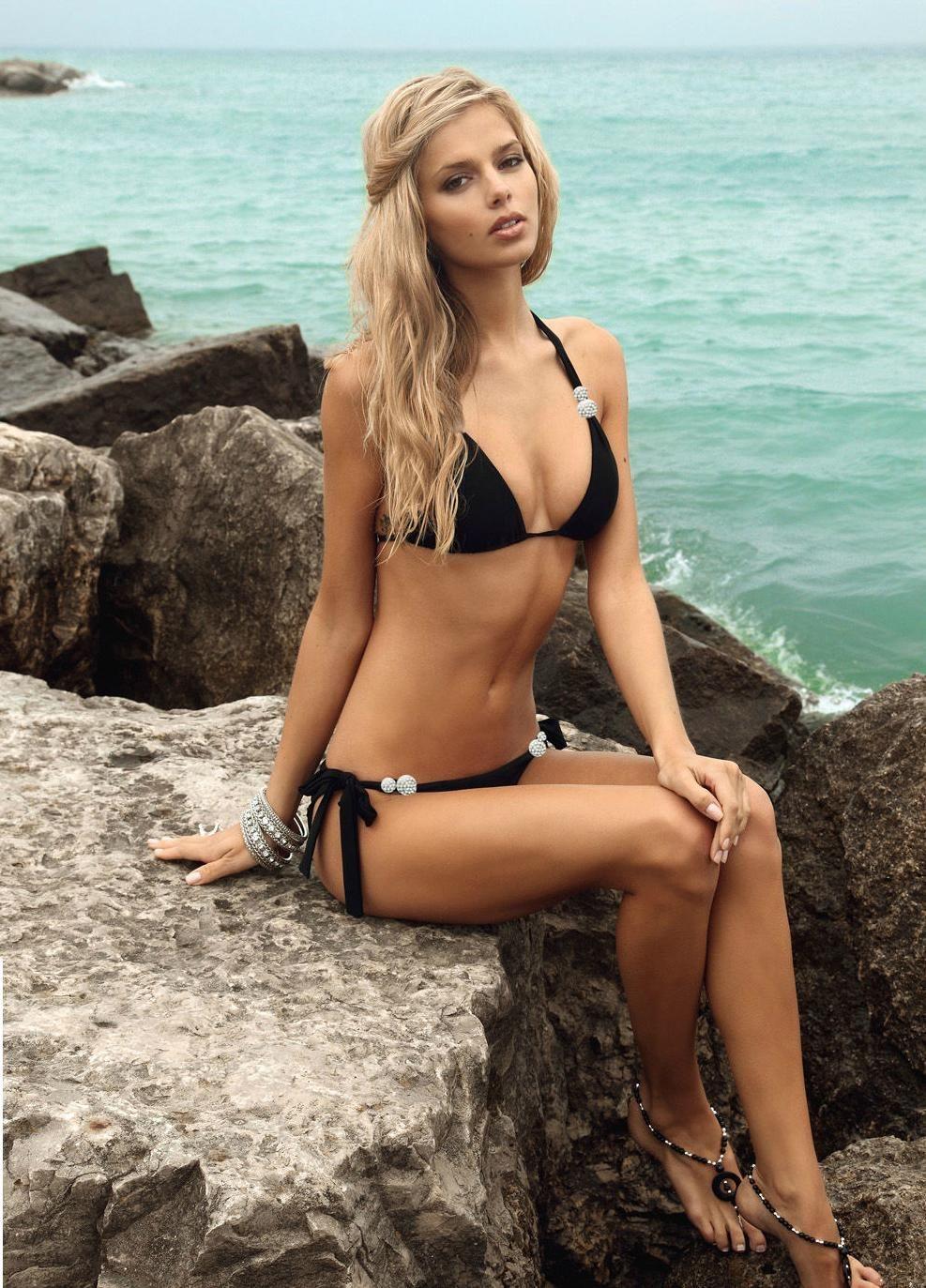 Is a cute Danielle Knudson nudes (64 photo), Ass, Is a cute, Twitter, in bikini 2018