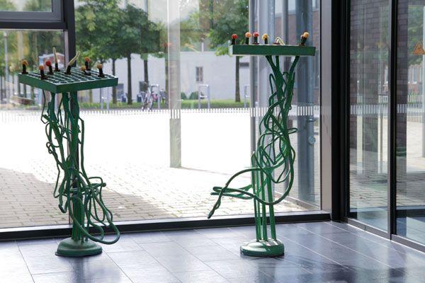 """Es grünt so grün, wenn Deutschlands Kakteen blühen. Die Installation """"An Stadt - Statt Grün"""" von Insa Winkler befindet sich ebenfalls im Mehrzweckgebäude. Foto: Tyll Riedel"""