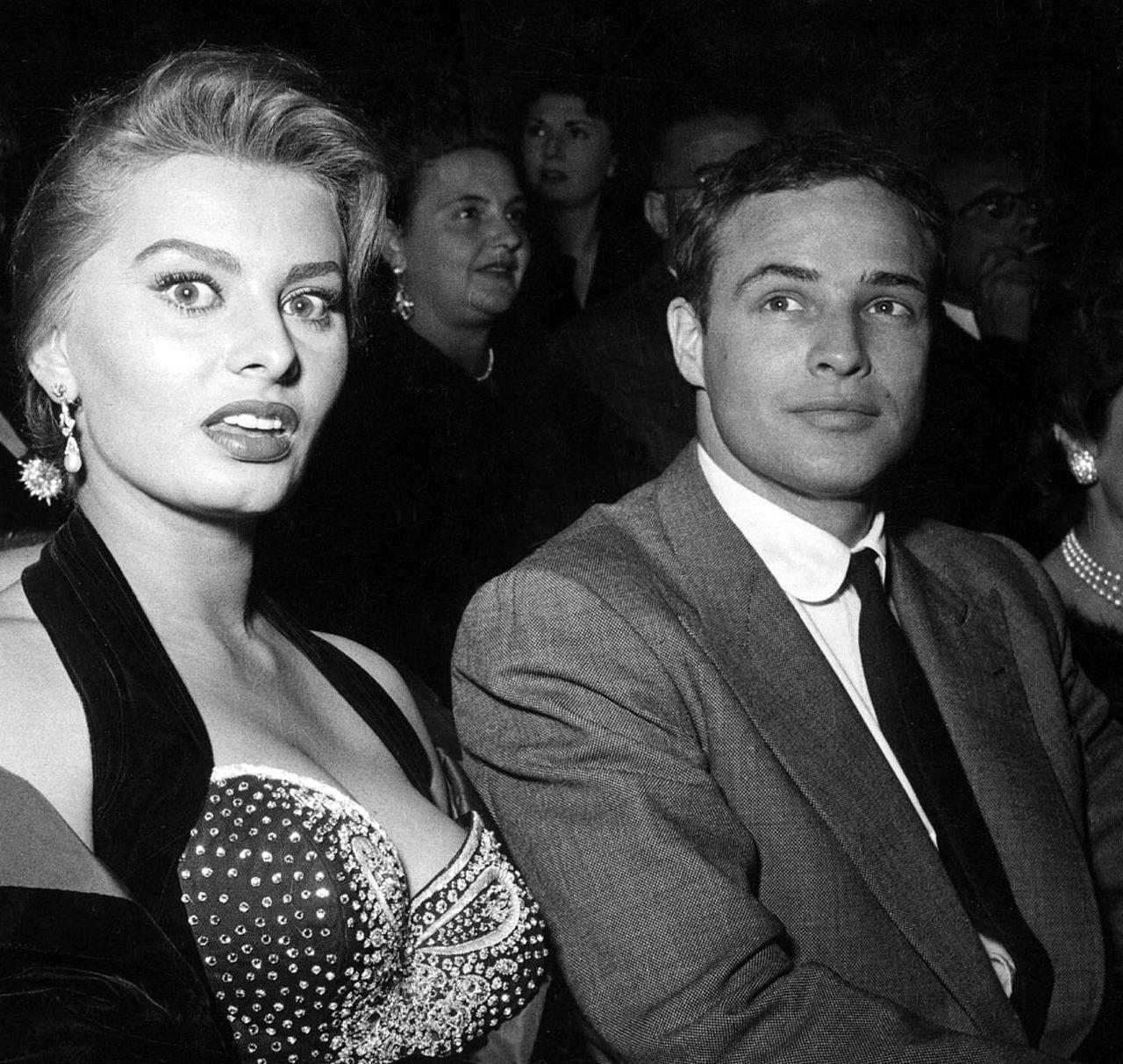 The Club Collar And The Birds Eye Suit. Marlon Brando, with Sophia Loren, 1954. #Brando #SophiaLoren