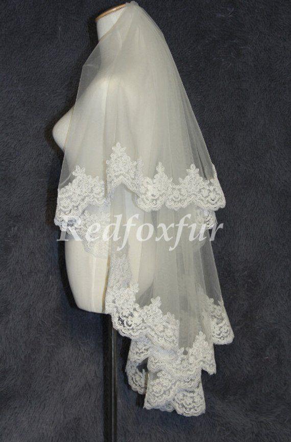 color white alecon lace with comb bridal veil