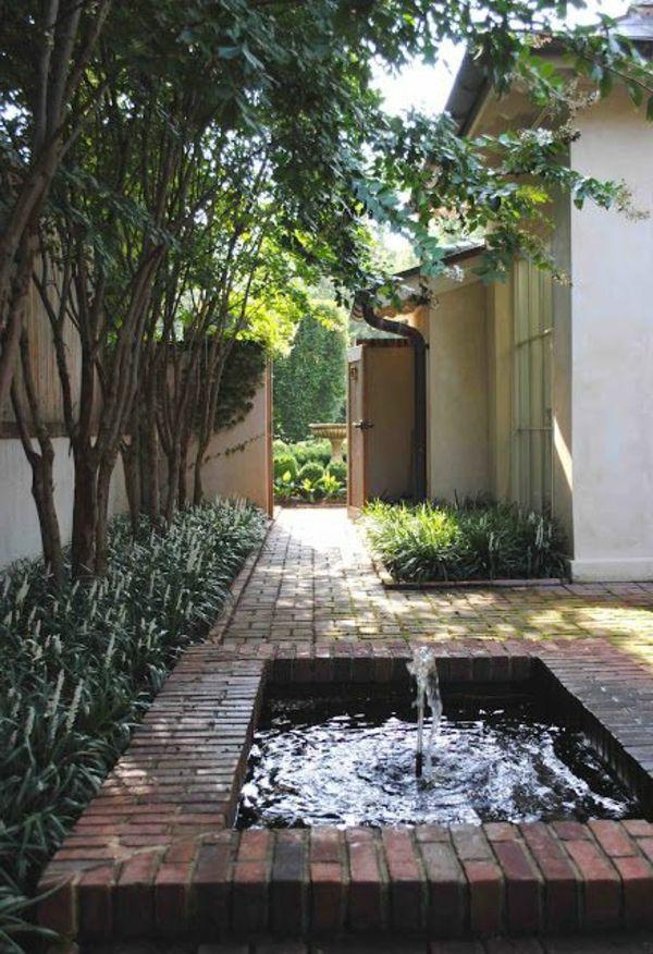 Décoration de jardin avec une fontaine pour bassin | décojardin ...