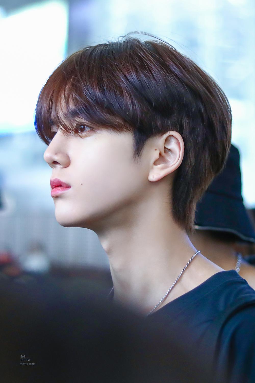 Pin Von ʙɪᴛᴄʜʏ ʙɪᴛᴄʜ Auf Kpop Boy Hair Inspo In 2020 Koreanische Frisur Koreanische Manner Frisur Asiatischer Haarschnitt