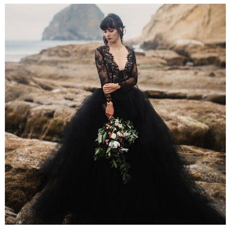 Noire Mondaine Bridal Studio Black Wedding Gown Sizes 2 28 Black Wedding Gowns Black Lace Wedding Dress Black Wedding Dresses