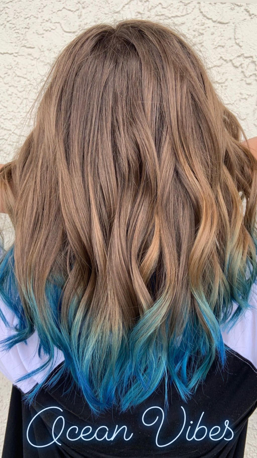 Blue Dip Dyed Hair Dip Dye Hair Blonde Blonde And Blue Hair Blonde Hair Tips