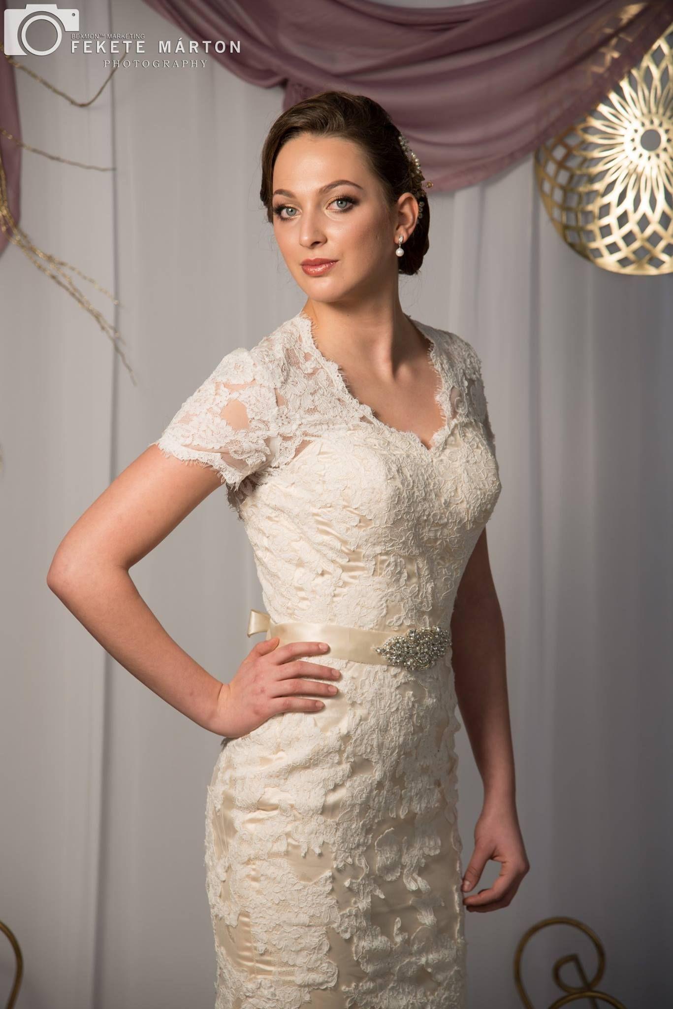Vintage style, ivory with cream underlay wedding dress