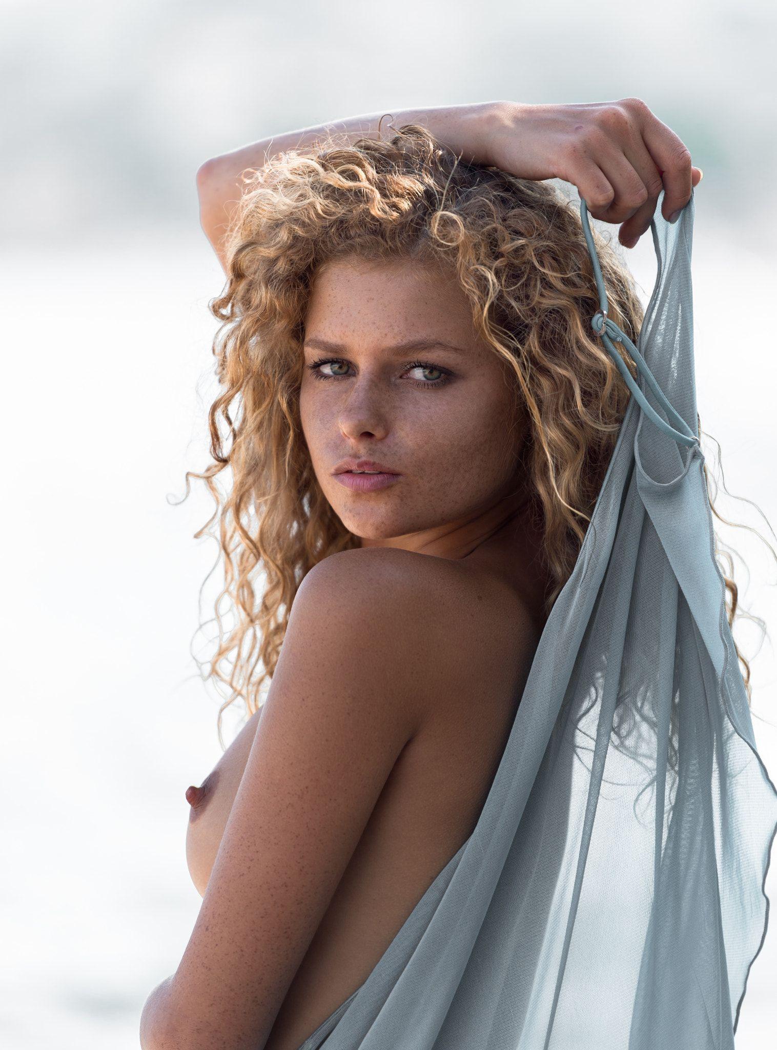 Julia Yaroshenko Nude Photos 63