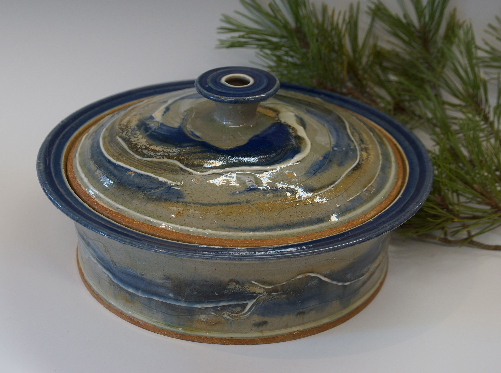 Covered Baking Dish 'Green Bay Blue' Glaze