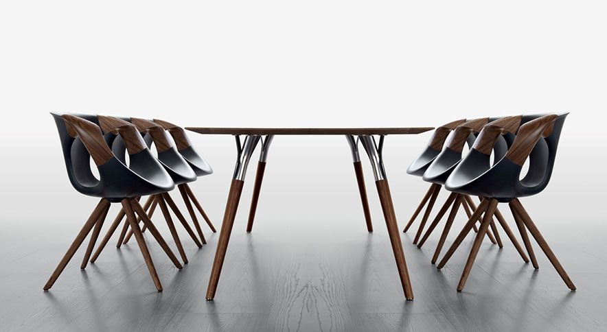 Tonon C S P A Sedie E Mobili Di Design Manzano Italy Italian Furniture Design Wooden Armchair Contemporary Dining Chairs