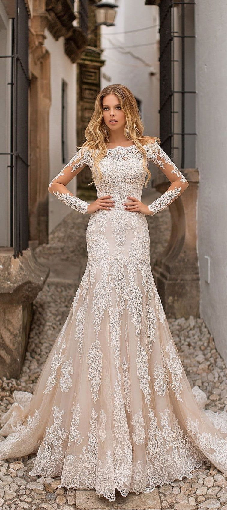 Country vintage lace wedding dresses  Country Wedding Dresses Get a hold of the ideal wedding dress from