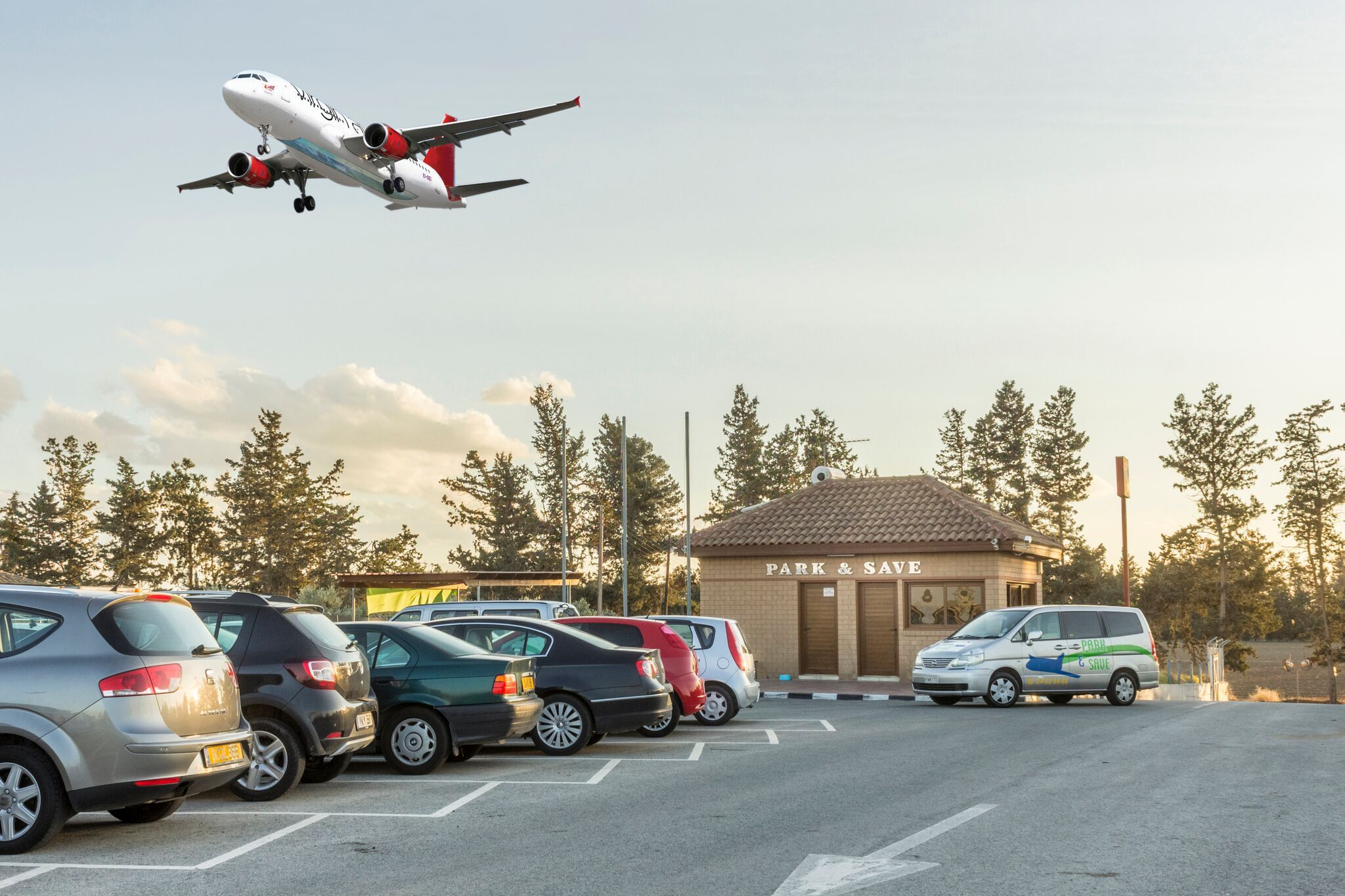 Us park offers you the best price for overnight and long term the airport parking experts kristyandbryce Image collections
