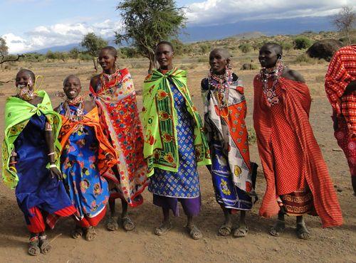 roupas de tribos africanas - Pesquisa Google