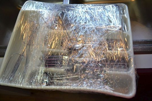 33+-Helpful-Moving-Tips-Everyone-Should-Know-plastic-wrap-2