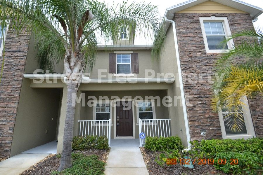2 bed25 bath townhome in wesley chapel with 1178 sqft