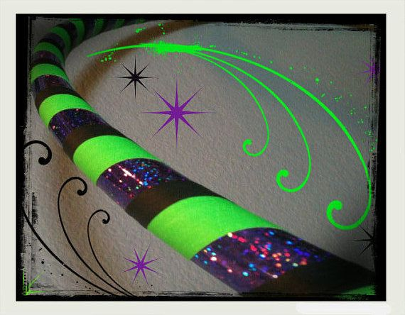 Beetlejuice Dance /& Exercise GLOW in the DARK Hula Hoop COLLAPSIBLE push button