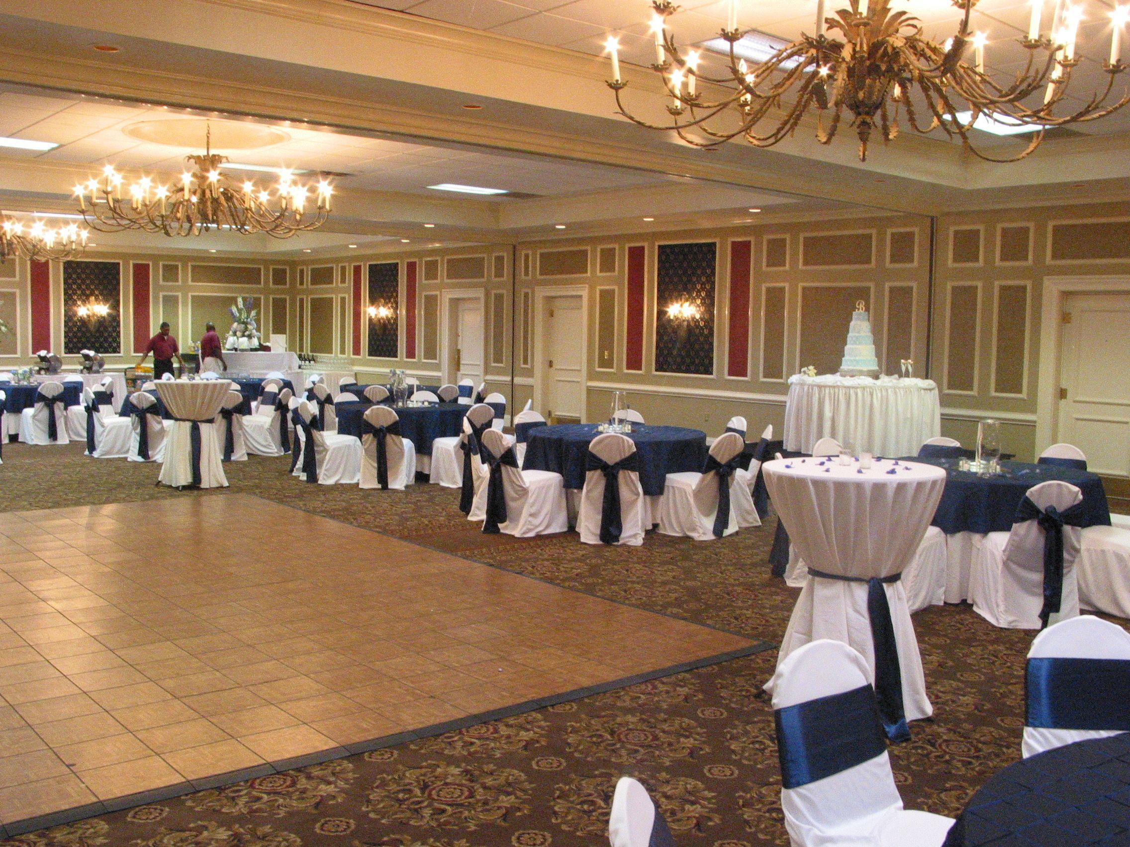 The Clarion Columbia Sc Wedding Reception Venues Vintage Bakery Reception Venues
