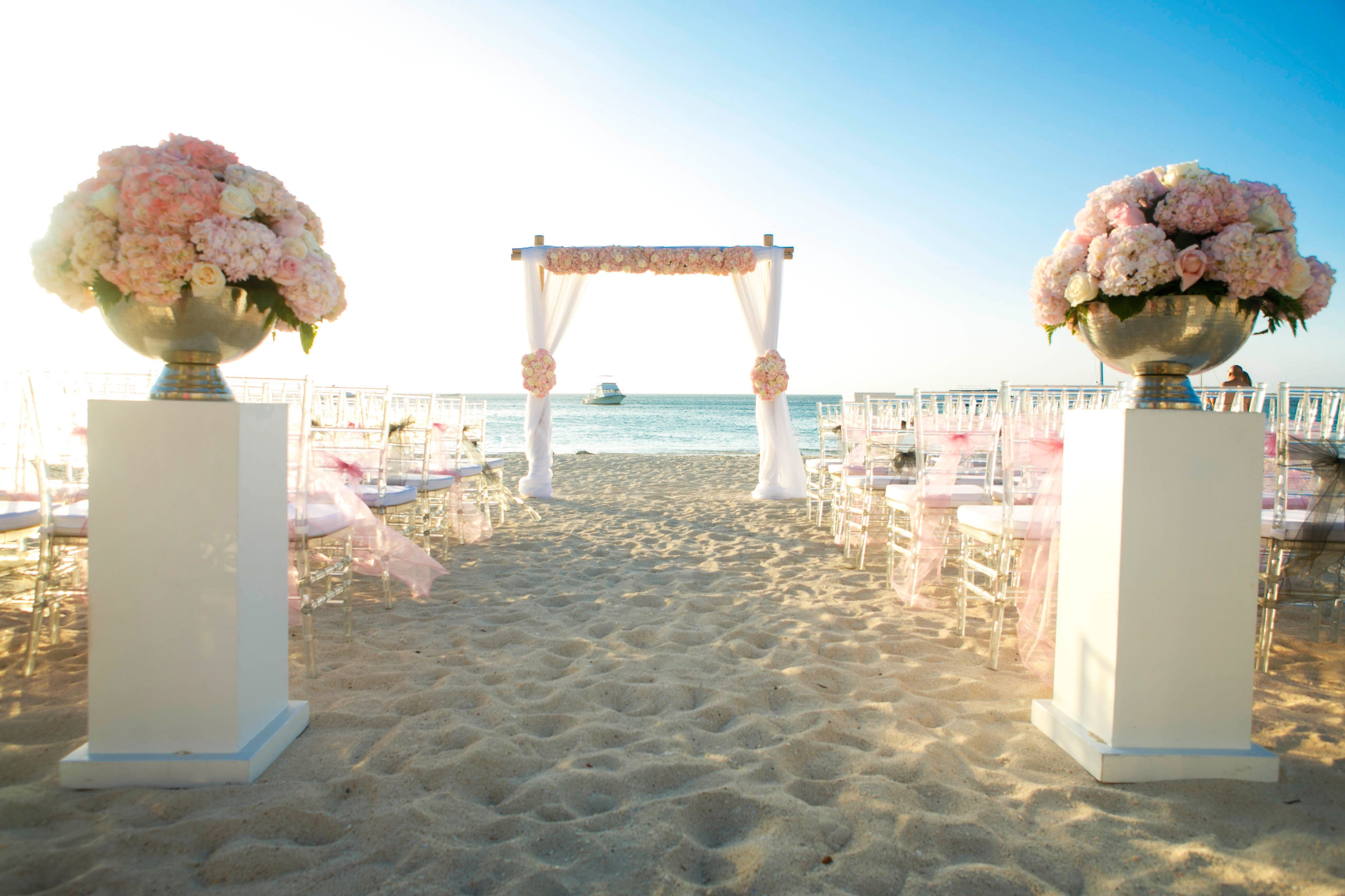 Beach Wedding Setup At Riu Palace Aruba Copyright Winklaar Photography Www Facebook Winklaarphotography