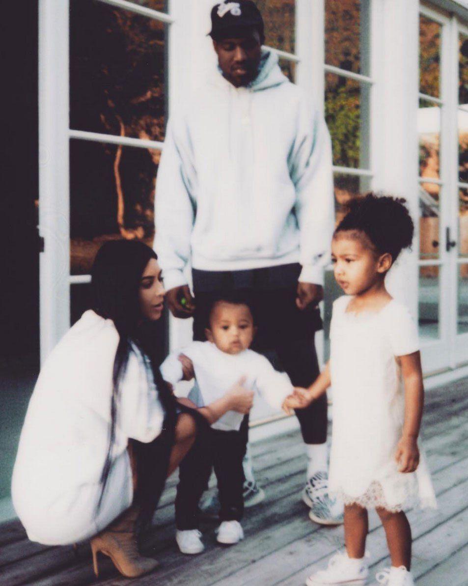 Kim Kardashian Confirms She S Expecting Third Child Via Surrogate Kim Kardashian Kanye West Kim Kardashian And Kanye Kim And Kanye