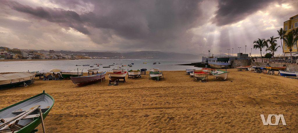 La Puntilla Playa De Las Canteras Las Palmas De Gran