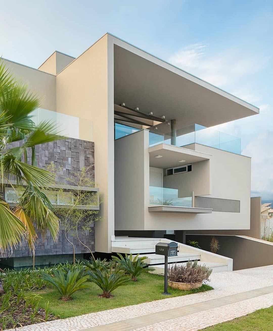 Lorena lima dicadalores en instagram fachada for Casa minimalista lima