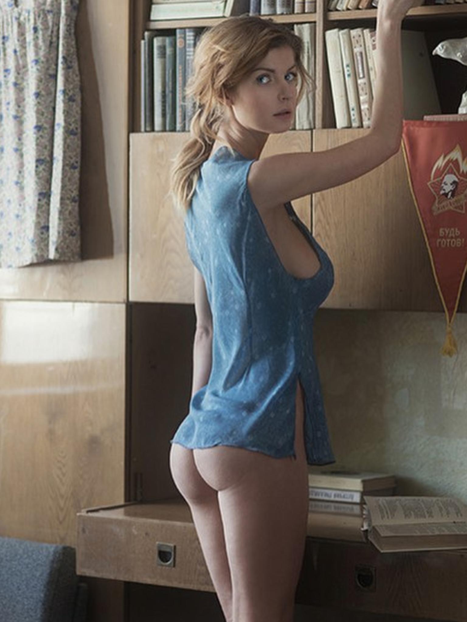 lauren cohan nude tits