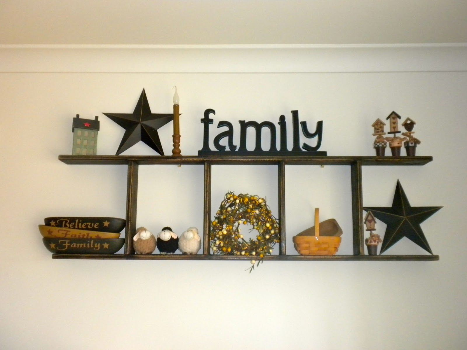 Simply primitive decorating ideas condition and make excellent primitive displays mounted - Country wall decor ideas ...