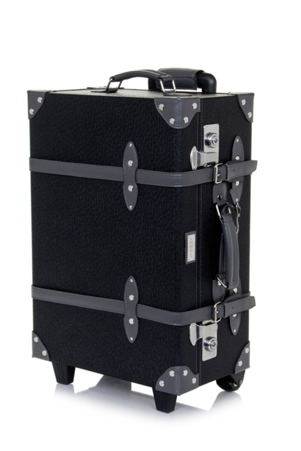 Retro Style Carry-On Luggage by Mezzi // I love this suit case ...