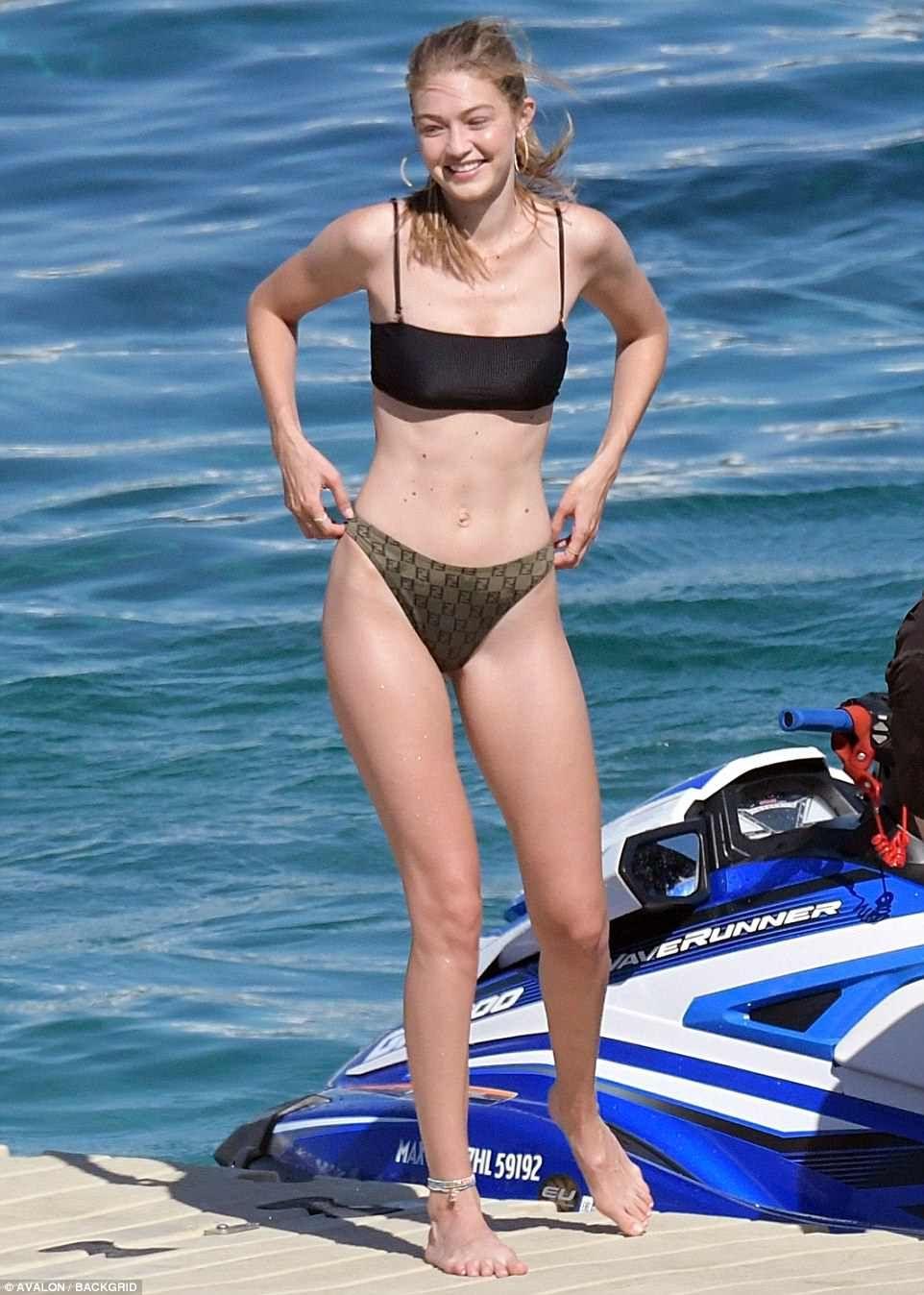 Bikini Galerie griechisches Supermodel #13
