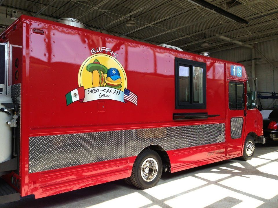 Buffy's MexiCasian Grill Food Truck (con imágenes)