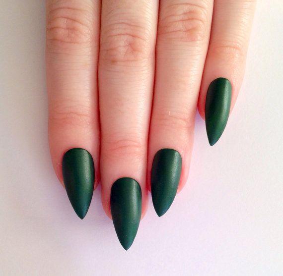 matte green stiletto nails nail designs nail by prettylittlepolish nails pinterest. Black Bedroom Furniture Sets. Home Design Ideas