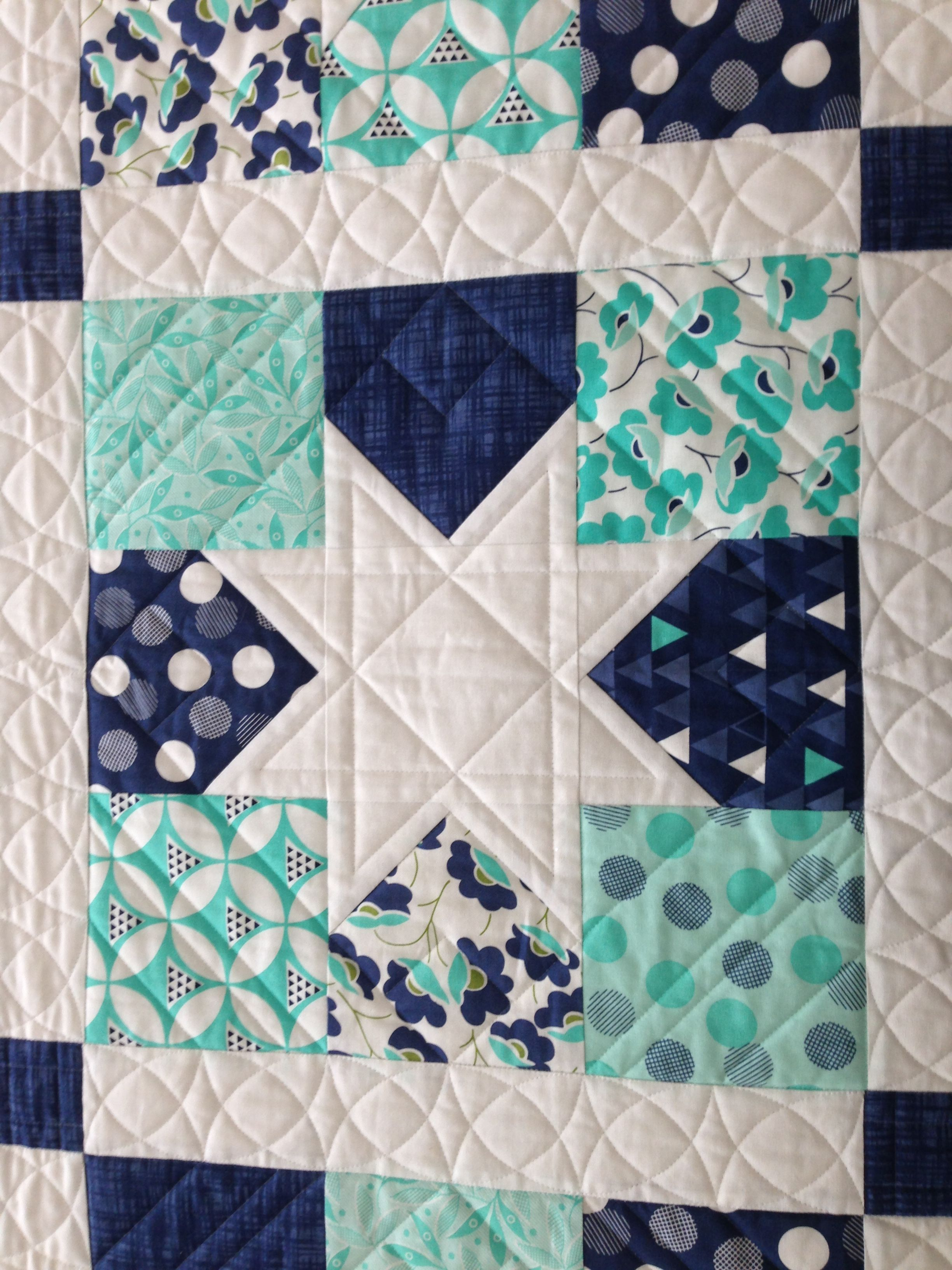Twin bed quilts - closeup