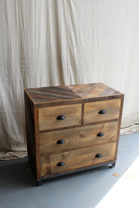 4 Drawer Dresser with Steel Base Reclaimed Barn Pallet Wood Bedroom  Furniture - - Chevron Pattern New Antiquity newantiquity - 4 Drawer Dresser With Steel Base Reclaimed Barn Pallet Wood Bedroom
